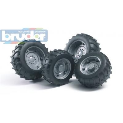 BRUDER 02316 (2316) Dvojitá kola - stříbrná